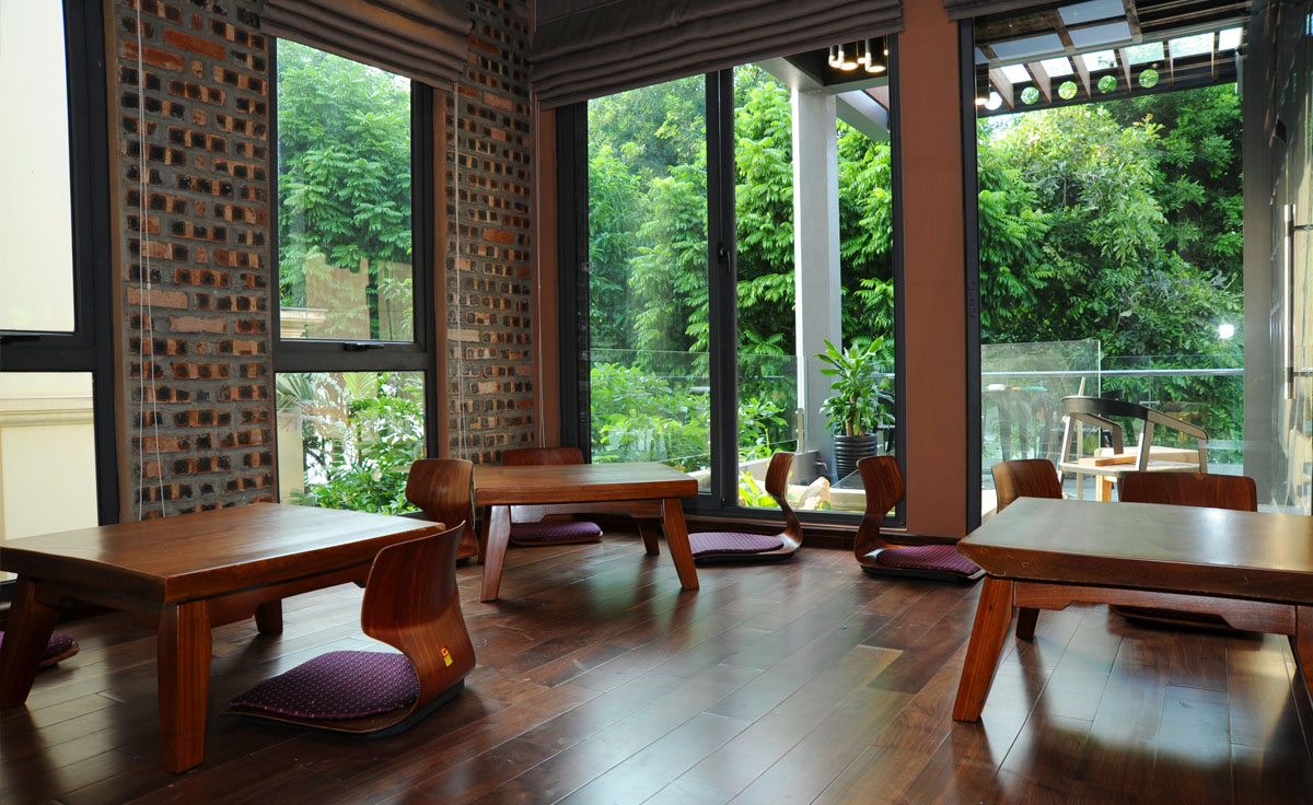 Dining & meeting room – Japanese style.